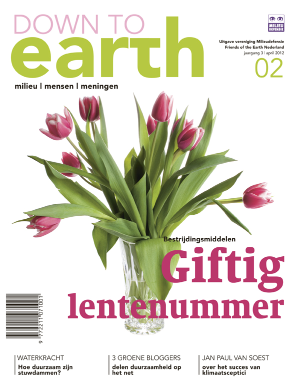Cover van Down to Earth 10 (apr 2012)
