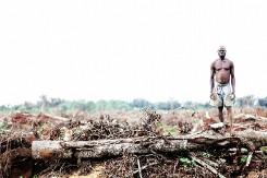 Landroof in Oeganda