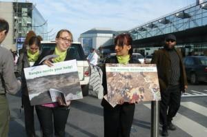 Actie in Brussel voor duurzaam tin uit Bangka.