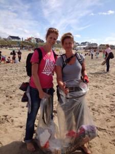 beach-cleanup-tour-noordzeestrand