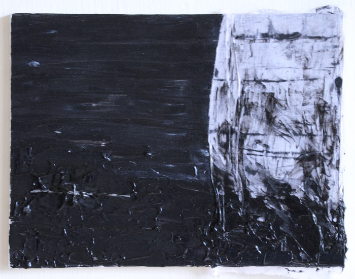 Zwart schilderij van Anne van Marum