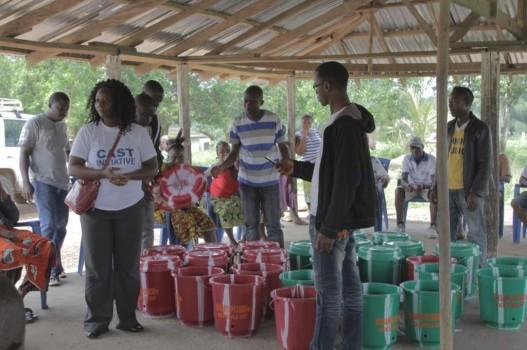 SDI brengt ebola preventiepaketten rond