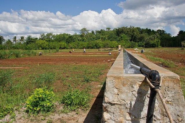 Een waterpomp op Sumba werkend op duurzame energie