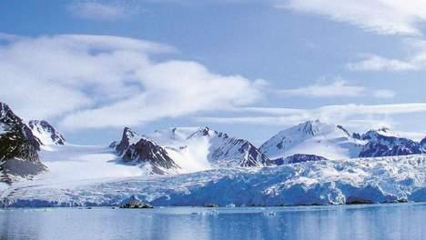 © Louwrens Hacquebord/Ben Bekooy. Spitsbergen. De Hollandse of Mauritiusbaai.