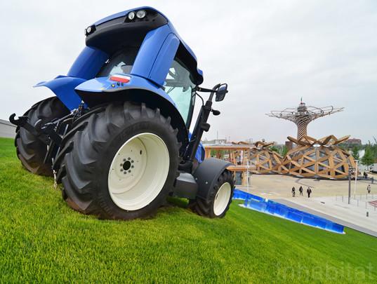 Het paviljoen van de landbouwmachinemakers New Holland (jawel). Beeld: inhabitat.