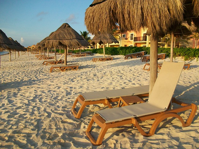 beach-649349_640