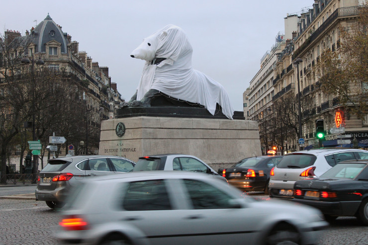 Parijs verkleedde zich ook. - Beeld: Annemarie Opmeer