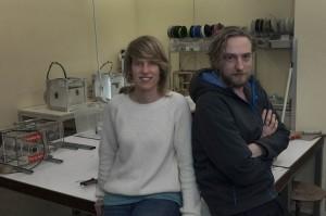 Better Future Factory, een ingenieurs-/ ontwerpbureau dat ontwerpt voor een circulaire economie en nu veel doet met gerecycled plastic en moderne techniek. Laura Clauss en Jonas Martens.