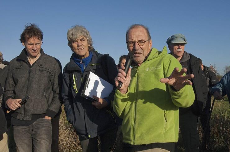 Permacultuur / Louis Dolmans op zijn Doornik Natuurakkers. Beeld: Liesbeth Sluiter