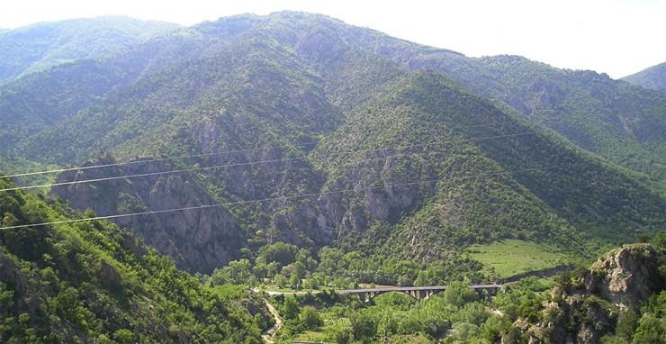 Kresna-kloof Bulgarije http://bankwatch.org/sites/default/files/Kresna-panorama.jpg
