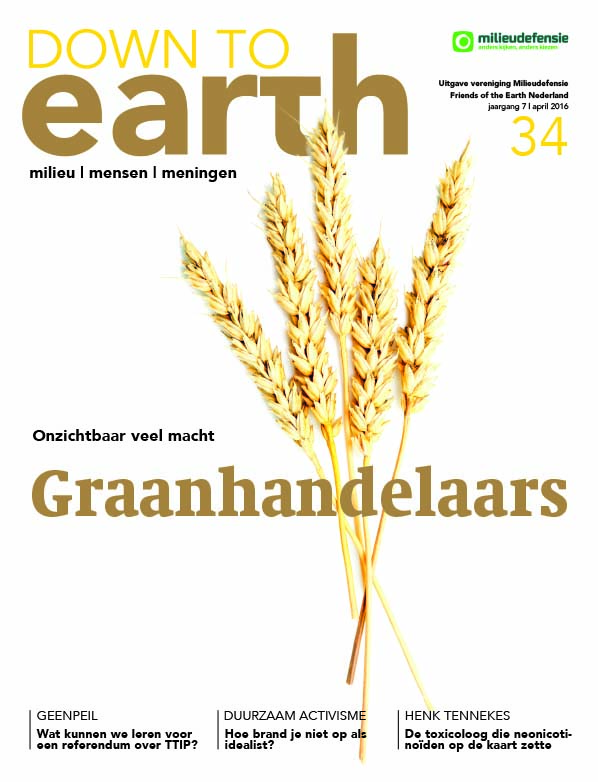 Cover van Down to Earth 34 (april 2016)