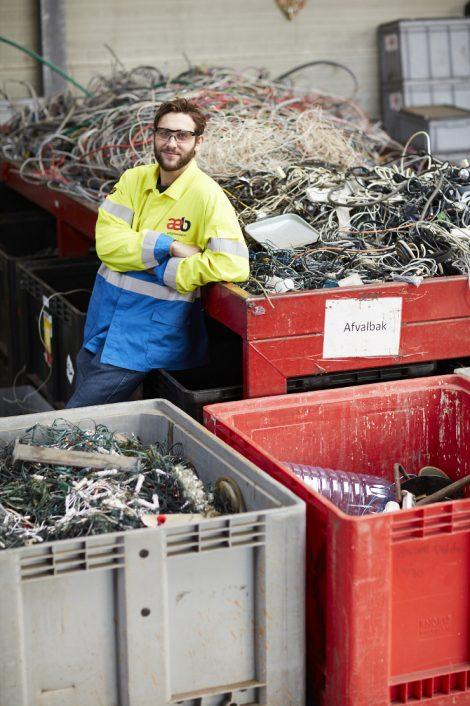 Heilzame Hardware: de e-waste race van Timmy de Vos