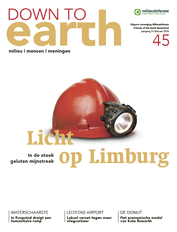 Cover van — Down to Earth 45 (februari 2018)