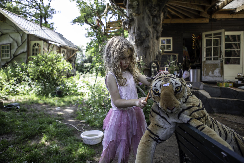 Levend dorp: bouwen met eetbare natuur down to earth magazine