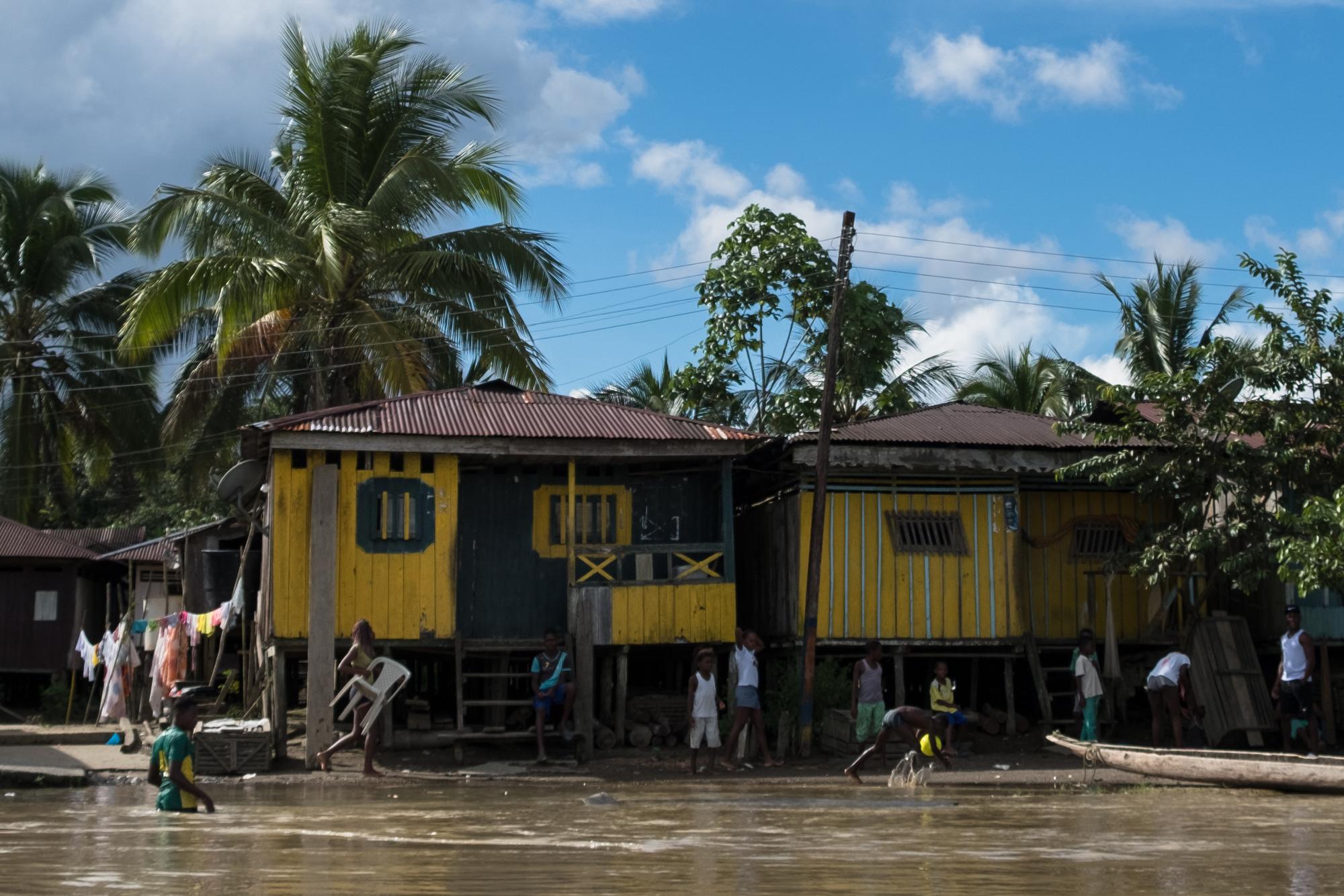 Rivier rechtspersoon Atrato Colombia Cocomacia voogden dorpen