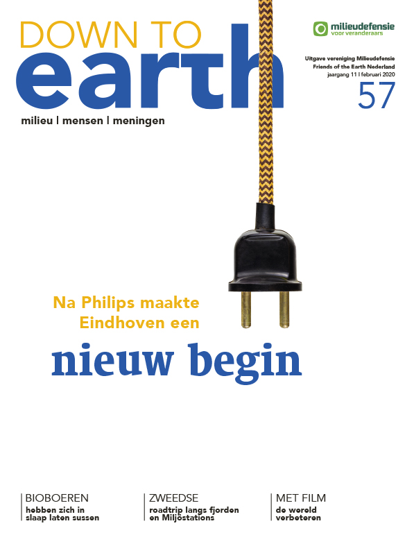 Cover van Down to Earth 57