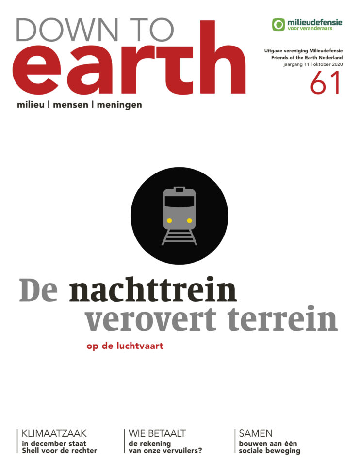 Cover van Down to Earth 61